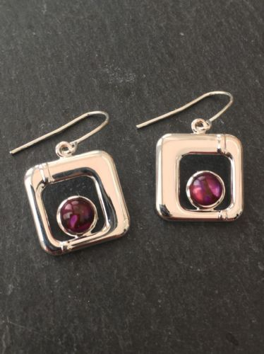 Paua Red Earrings - Small Square PE17-SQ